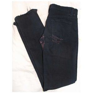 Distressed [ BDG ] Low Rise Over Dyed Skinny Jeans